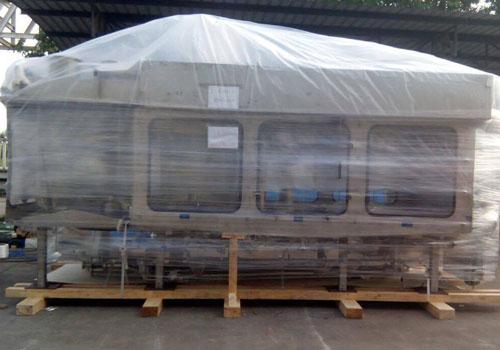 全新灌装机生产线进口打包固定